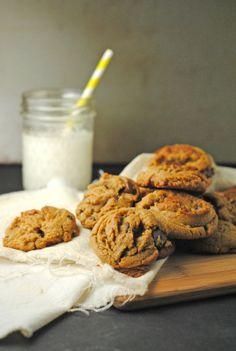 #Gluten-Free Peanut Butter Chocolate Chip Cookies from @jen @ Juanita's Cocina