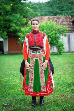 Folk Dance, Merida, Celebrations, Sari, Culture, Costumes, Traditional, Lifestyle, Gallery