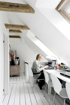 5 Sensitive Tips: Attic Remodel Rustic attic stairs makeover.Small Attic Before And After attic loft rustic. Attic Loft, Loft Room, Attic Library, Attic Ladder, Attic Window, Garage Attic, Attic House, Attic Spaces, Attic Rooms
