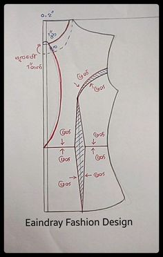 paper model on mannequin - sfilata 2013 - Skirt Patterns Sewing, Mccalls Patterns, Pattern Cutting, Pattern Making, Sewing Hacks, Sewing Tutorials, Aya Couture, Costura Fashion, Sewing Blouses