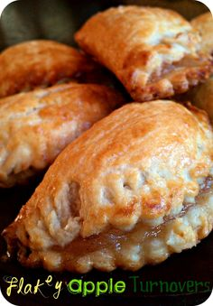 Life's Simple Measures: Flakey Apple Turnovers with homemade pastry dough Apple Turnover Recipe, Turnover Recipes, Apple Turnovers, Apple Pie, Just Desserts, Delicious Desserts, Dessert Recipes, Yummy Food, Breakfast Recipes