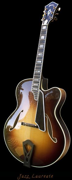 JAZZ LAUREATE Guitar