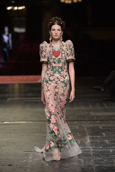 Dolce & Gabbana Alta Moda Spring 2016 La Scala