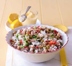 Rýžový salát s tuňákem (www.albert.cz/recepty)