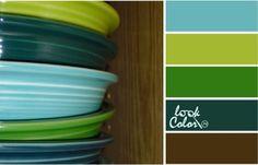 Сочетание цветов  #сочетаниецветов #кухня #тарелки #бирюзовый