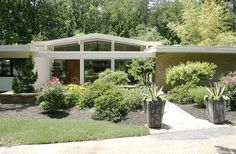 mid century modern ranch | Mid-Century modern: 1959 brick ranch with voluminous ... | Home Style