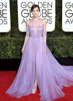 Hailee Steinfeld Dress: Vera Wang Collection Nice Dresses, Casual Dresses, Prom Dresses, Formal Dresses, Hailee Steinfeld Golden Globes, Vera Wang, Celebrity Style Inspiration, Fashion Inspiration, Red Carpet Dresses