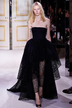 Giambattista Valli Spring 2013 Couture Collection Photos - Vogue