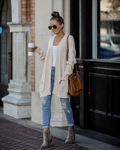 Riverwood Cable Knit Pocketed Cardigan - Cream – VICI A Shifting Expertise I've discovered Cream Cardigan Outfit, Cardigan Outfits, Cardigan Fashion, Long Cardigan, Cable Cardigan, Winter Sweater Outfits, Fall Outfits, Cozy Fashion, Winter Fashion