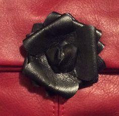 Dettaglio dark rose contemporaneo