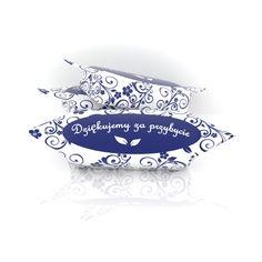 Krówki ślubne to słodki i kolorowy sposób by podziękować gościom weselnym. Umieść na krówkach Wasze imiona, datę ślubu, podziękowanie.