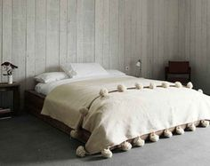 Moroccan pom pom blanket, bedspread, throw, rug, 100% pure wool, handwoven on traditional wooden looms. (WL078)
