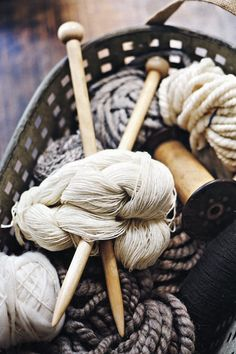 lots of natural yarns and neutral colors---pretty. Wool Yarn, Knitting Yarn, Knitting Patterns, Knitting Needles, Start Knitting, Soft Sculpture, Knitting Projects, Fiber Art, Spinning