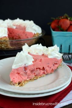 Strawberry Pretzel Pie - this sweet and salty NO BAKE pie is perfect for those hot days when you don't want to bake