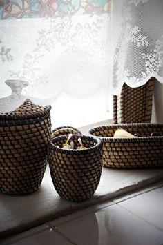 wicker weave lidded baskets potterybarn barrett pinterest. Black Bedroom Furniture Sets. Home Design Ideas