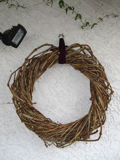 How to make a grapevine wreath.