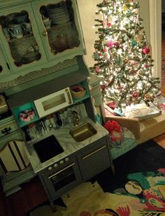 Once upon a time, I wanted to make a play kitchen for Laelia from an old night stand or entertainment center. After at least 9 months of keeping my eye out at thrift stores, flea markets and curbsi...