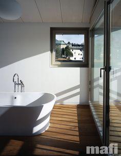 Longside public toilets