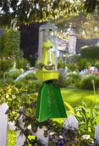 Here's a great way to get rid of stink bugs in your home and garden. Place our reusable Stink Bug Trap outside during the warmer months – its pheromone…