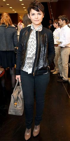 Look of the Day › November 27, 2010 WHAT SHE WORE Goodwin attended a MOCA benefit luncheon at the Beverly Hills Tod's boutique in skinny jeans dressed up with a Derek Lam print top and a Derek Lam for Tod's jacket, shoes and satchel.