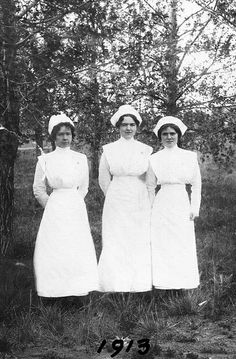 From left to right: Lillian Donaldson, Lucy Hatch and Elizabeth Patteson, graduates of the Galt School of Nursing, Class of 1913. #vintage #Canada #Edwardian #nurses
