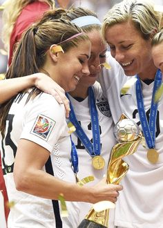 The USWNT wins the Women's World Cup! Alex Morgan and team celebrate their victory over Japan