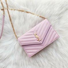 Trendy Purses, Cute Purses, Luxury Purses, Luxury Bags, Luxury Handbags, Dior Handbags, Purses And Handbags, Fake Designer Bags, Sacs Design