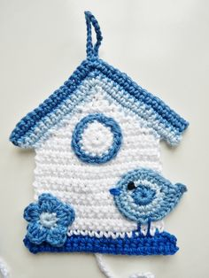 How great is it to make things you can't always find at a store. BIRDHOUSE crochet dishcloth.