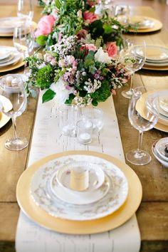 Lovely bridal luncheon inspiration | A Charleston Bride | CarolineRo Photography