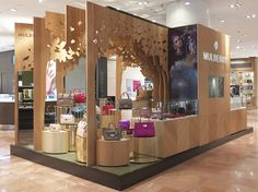 Mulberry | Pop-up at Galeries Lafayette, by Millington Associates #Exhibition