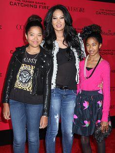 Kimora Lee Simmons- Aioki Lee Simmons- Ming Lee Simmons Celebrity Siblings, Celebrity Photos, Black Celebrity Kids, Celebrity Moms, Famous Celebrities, Celebs, Lynn Whitfield, Mom Daughter, Daughters