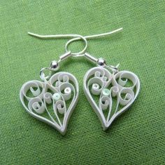 Quilled heart earrings by Lailah