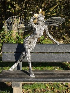 One of the fairies on The Fairy Trail at Trentham. Wire Art Sculpture, Outdoor Sculpture, Abstract Sculpture, Wire Sculptures, Bronze Sculpture, Robin Wight, Chicken Wire Art, Fantasy Wire, Life Size Statues