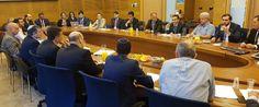 Na agenda, visitas a universidades, empresas de tecnologia, ao Parlamento (Knesset) e uma reunião com o ministro de Economia e Indústria, Eli Cohen.