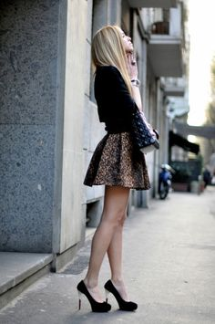 so perfect! I want a leopard skirt now..