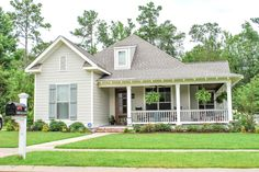 Country Style House Plan - 3 Beds 2 Baths 1900 Sq/Ft Plan #430-56 Photo…