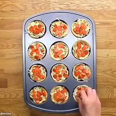 Made from Scratch Mini Pizzas - homemade pizza crust and homemade pizza sauce make this pizza so tasty! Add your favorite topping for an instant dinner recipe that will please the whole family! Tasty Videos, Food Videos, Pizza Cups, Pizza In A Cup, Creative Food, Appetizer Recipes, Quiche Recipes, Dinner Recipes, Appetizers