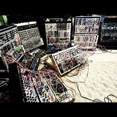 amazing modular set up by Richard Devine.