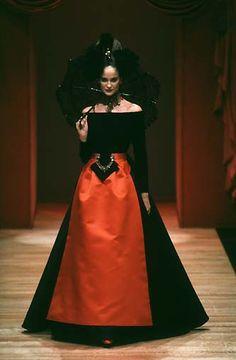 Christian Lacroix: Haute Couture Automne 1997