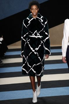 Derek Lam Crosby  Fall 2016 Ready-to-Wear Fashion Show - Défilé prêt-à-porter automne 2016 #mode