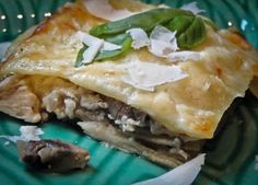 Creamy mushroom & chicken lasagna. This looks and title sounds delicious!!