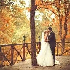 Sweet autumn wedding kiss love wedding outdoors autumn bride groom autumn wedding colors / wedding in fall / fall wedding color ideas / fall wedding party / april wedding ideas Wedding Kiss, Wedding Bells, Fall Wedding, Dream Wedding, Autumn Weddings, October Wedding, Wedding Stuff, Future Mrs, Autumn Bride