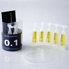1 tubo con 10 dosis de esencia aromática soluble en agua  Cada dosis de 3 ml. se diluye entre 1,5 y 3 litros de agua y es suficiente para 100 a 200 toallitas Napkin