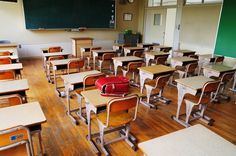 How Will Modern Technology in School Change Learning –   Me, Myself, and Robot – The basic structure of school hasn't changed in a long, long time. There are those who think the time is right for serious education reform, and much of the debate centers on whether or not technology belongs in the classroom. Modern technology in school is nothing new... #amazonecho #cortana #duolingo