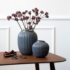 The Hammershøi range is inspired by Svend Hammershøi's distinctive vases, which the world-renowned artist created in the old Kähler workshop at the beginning of the 20th century