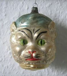 """""""Kitten With a Blue Hat"""" ( Some of these ornaments are double sided, with a dog on the opposite side) Christmas Kitten, Antique Christmas Ornaments, Christmas Past, Victorian Christmas, Christmas Toys, Vintage Christmas Cards, Vintage Ornaments, Vintage Holiday, Christmas Baubles"""