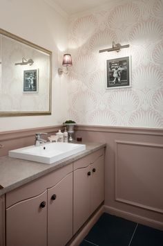 Classical bathroom with Farrow&Ball Lotus wallpaper and Dead Salmon paint on the wall and furniture. Designed by Andrea Szakos