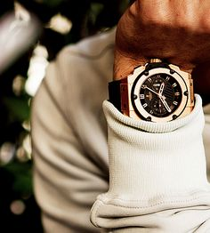 Be punctual, and, with the aid of this watch, classy as well.