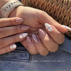 gel unghie - Nails Nails in 2020 Stylish Nails, Trendy Nails, Hair And Nails, My Nails, Glitter Nails, Nagellack Design, Fire Nails, Minimalist Nails, Best Acrylic Nails