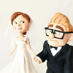 Carl and Ellie for wedding cake 💕 Wedding Cake Toppers, Wedding Cakes, Carl Y Ellie, Disney Pixar, Disney Characters, Pasta Flexible, Wedding Designs, Biscuit, Future